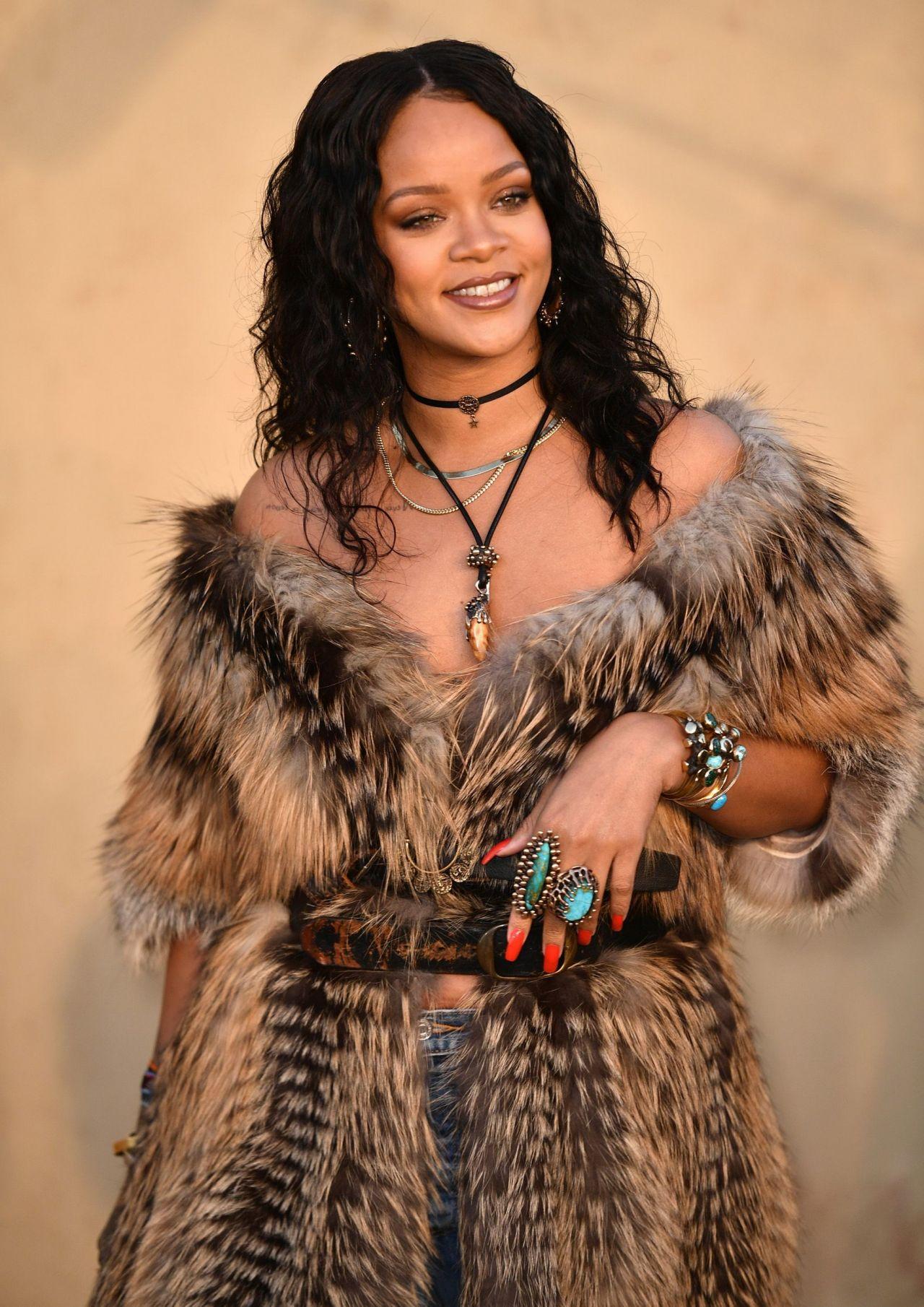 Rihanna Latest Photos Celebmafia
