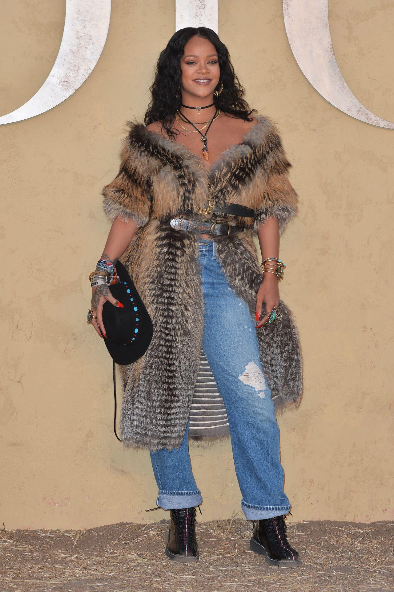 Rihanna – Christian Dior Cruise 2018 in LA 05/11/2017 ...