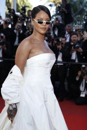 "Rihanna – ""Okja"" premiere at Cannes Film Festival 05/19/2017"
