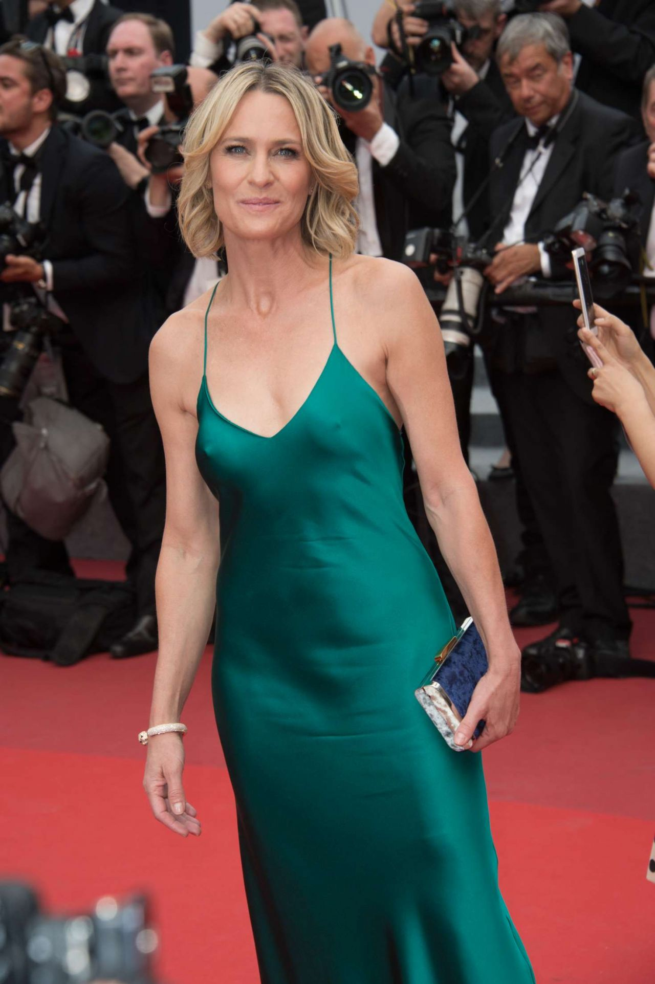 Robin wright loveless nelyubov screening at cannes film festival
