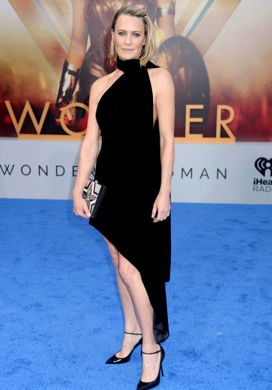 "Robin Wright on Red Carpet – ""Wonder Woman"" Movie Premiere in Los Angeles 05/25/2017"