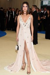 Selena Gomez - MET Gala at The Metropolitan Museum of Art in New York 05/01/2017