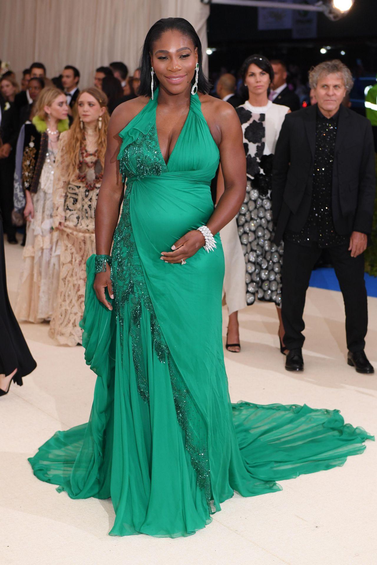 serena williams at met gala in new york 05012017