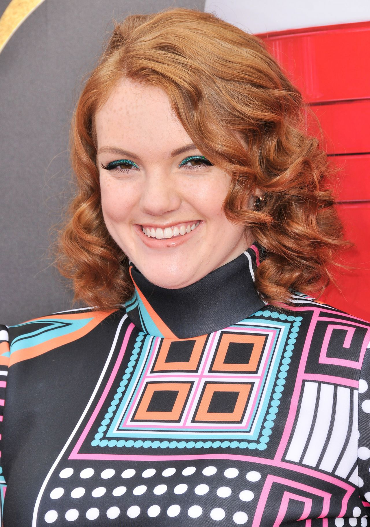 Shannon Purser Mtv Movie And Tv Awards In Los Angeles 05