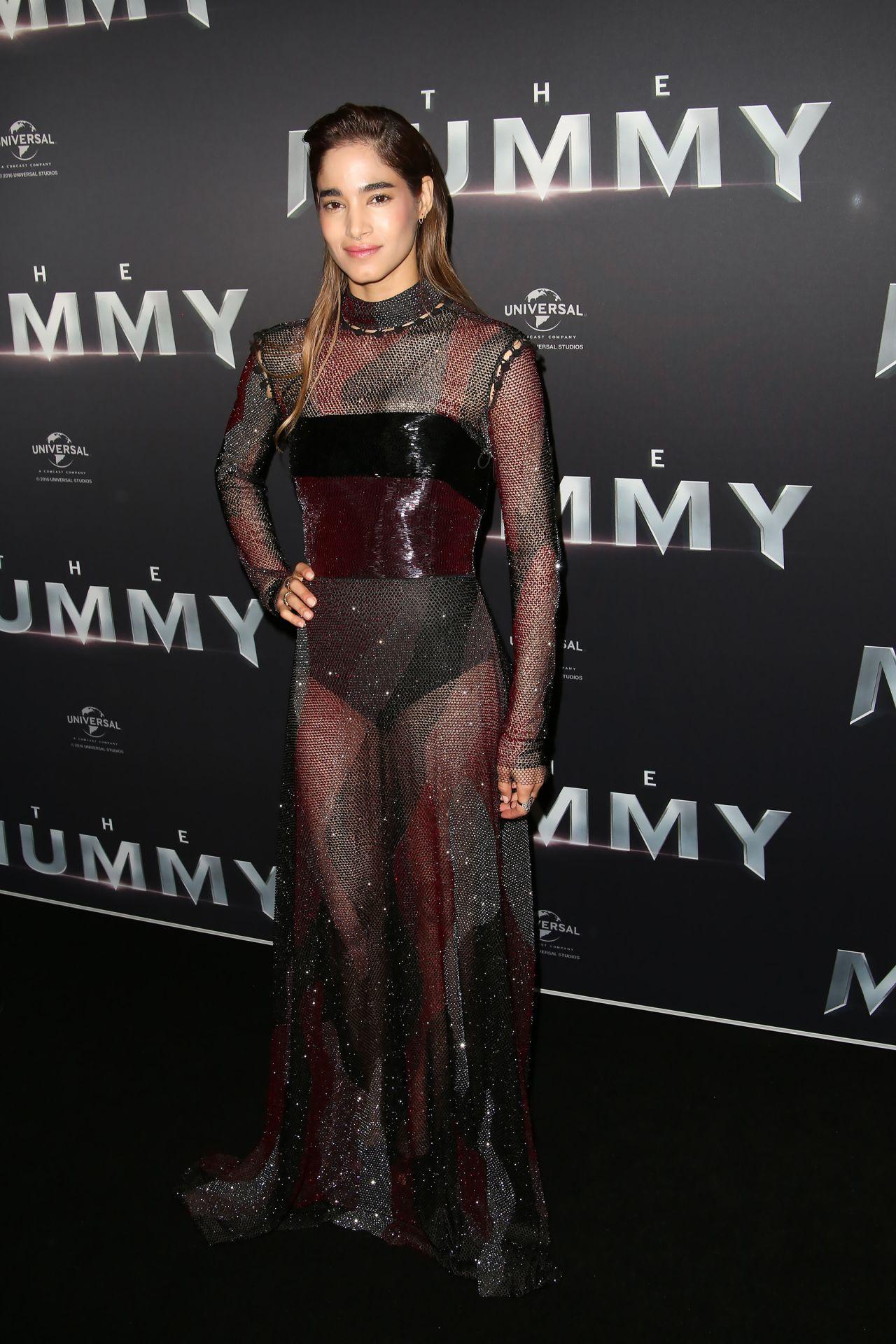 http://celebmafia.com/wp-content/uploads/2017/05/sofia-boutella-the-mummy-premiere-in-sydney-05-22-2017-8.jpg