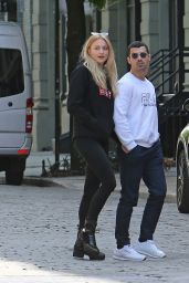 Sophie Turner Steps Out For Lunch - NYC 05/09/2017