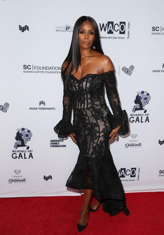 Tasha Smith – Wearable Art Gala in California African American Museum in LA 04/29/2017