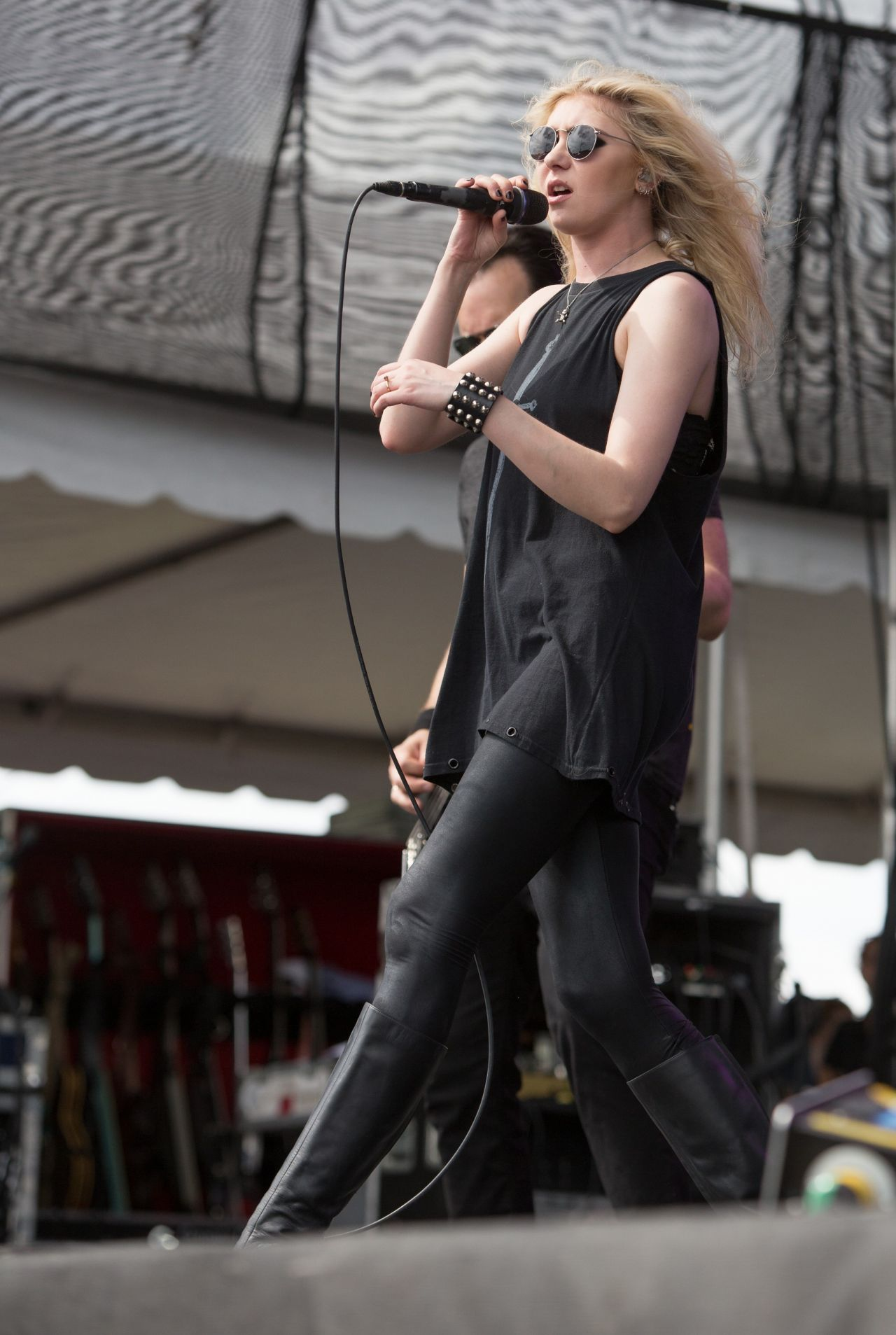 Taylor Momsen Performs At Fort Rock Festival In Fort Myers
