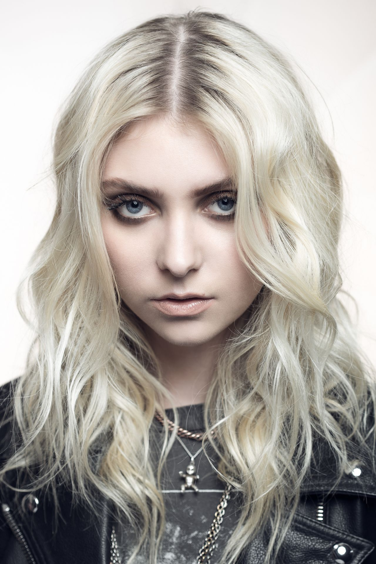 taylor momsen the blind magazine 2017 photoshoot