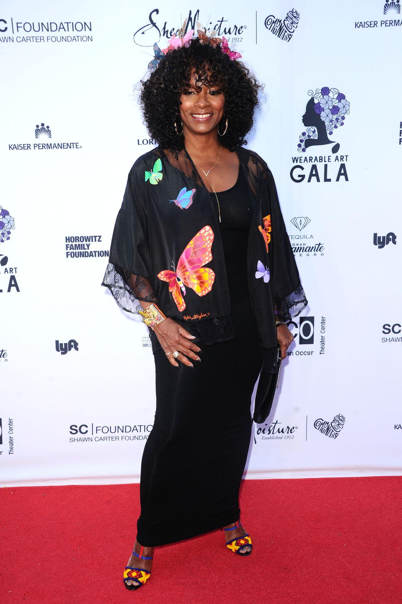vanessa bell wearable art gala in california african