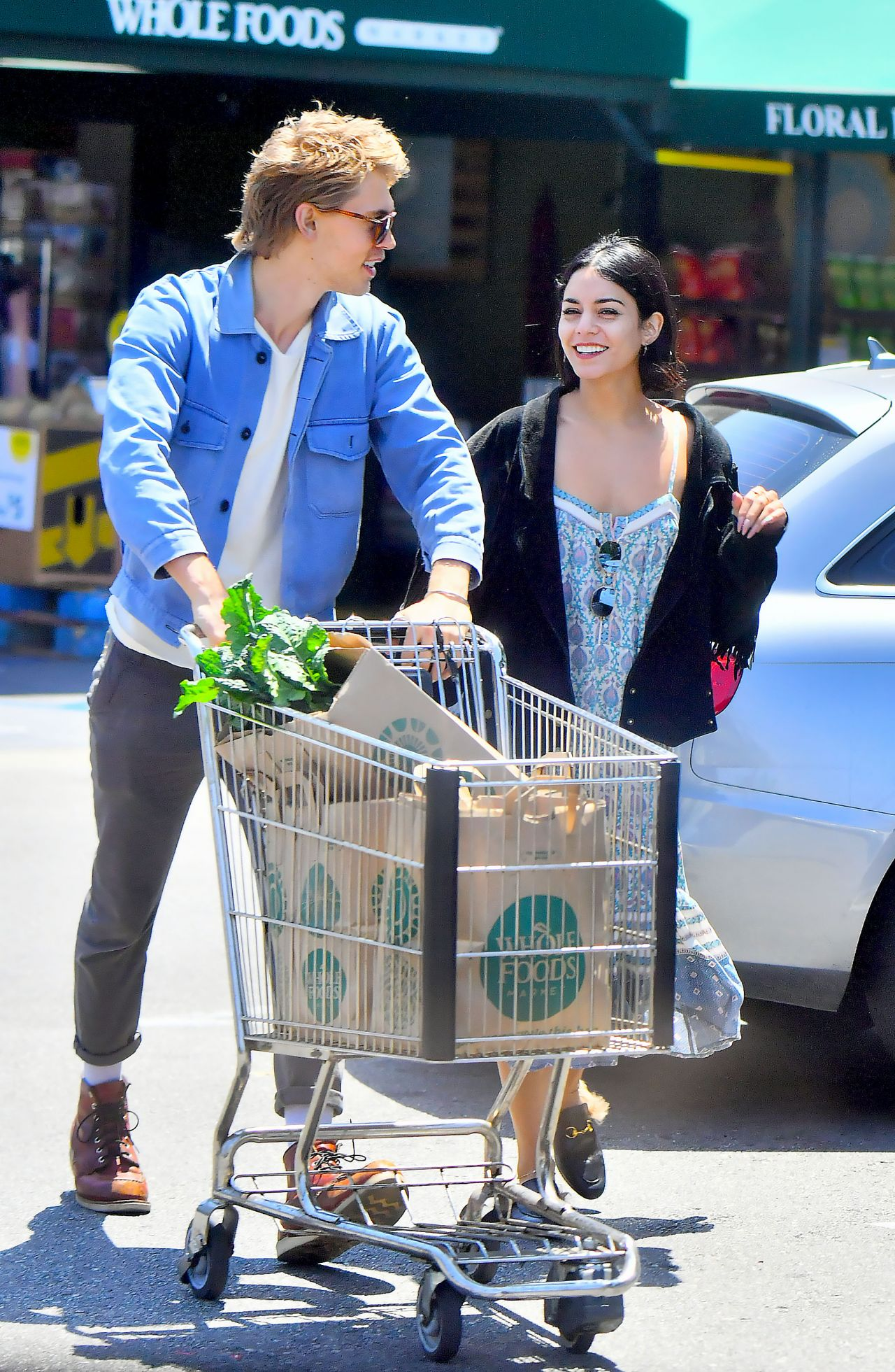 Vanessa Hudgens With Austin Butler at Whole Foods in LA 05/31/2017