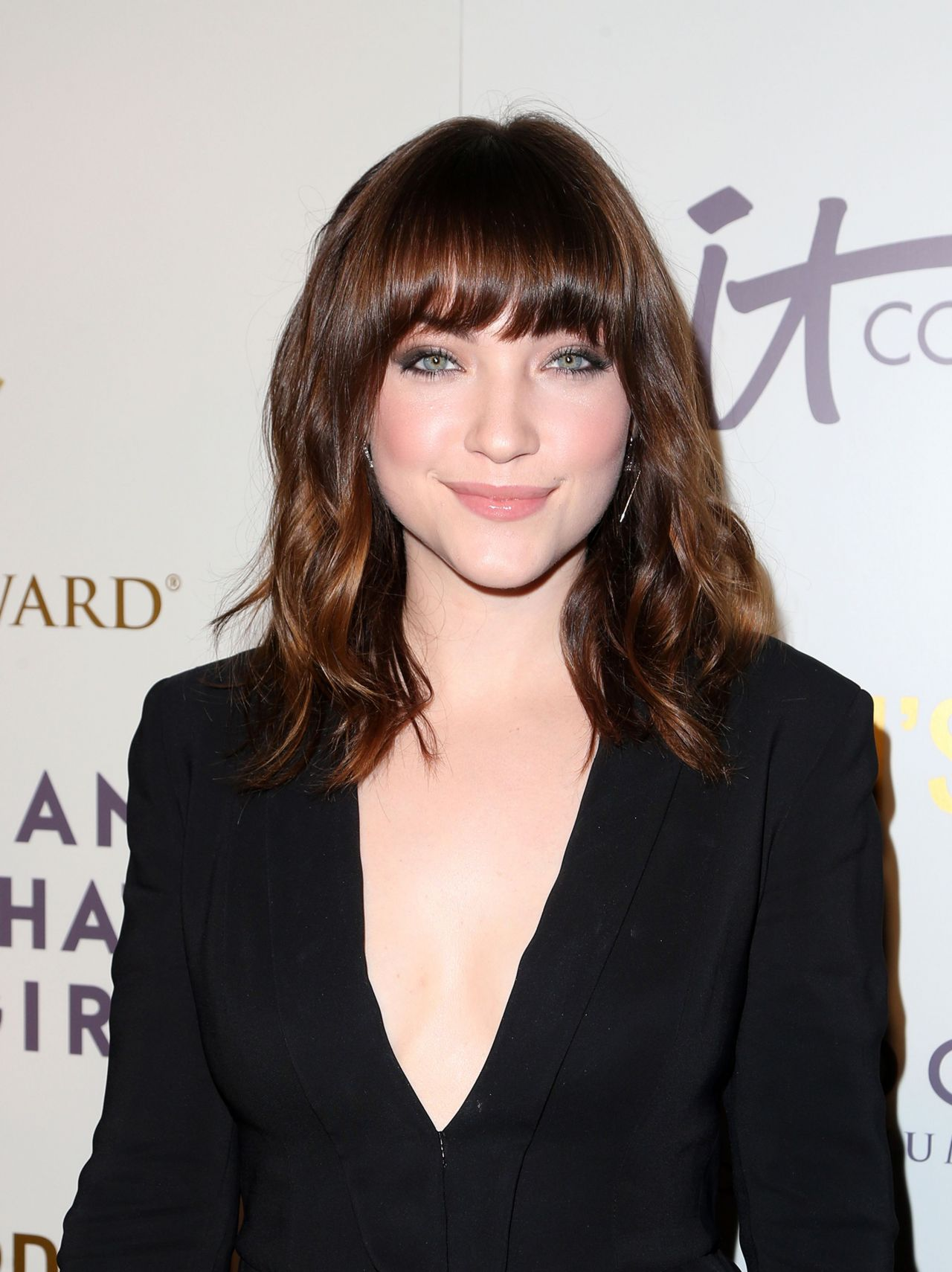 Violett Beane Women S Choice Awards In Los Angeles 05 17