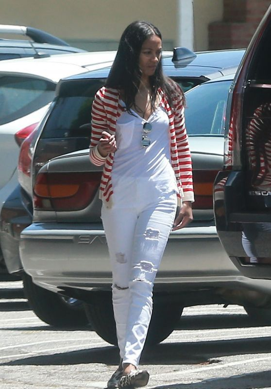 Zoe Saldana - Out in Studio City 05/08/2017
