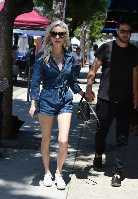 Alessandra Torresani With Her Boyfriend - Out for Breakfast in LA 06/18/2017