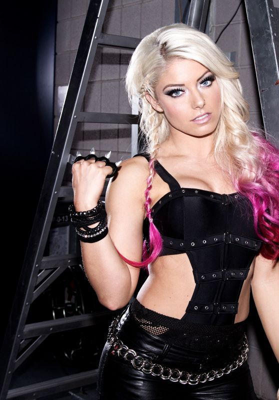 Alexa Bliss - Alexa Gets Extreme (2017)