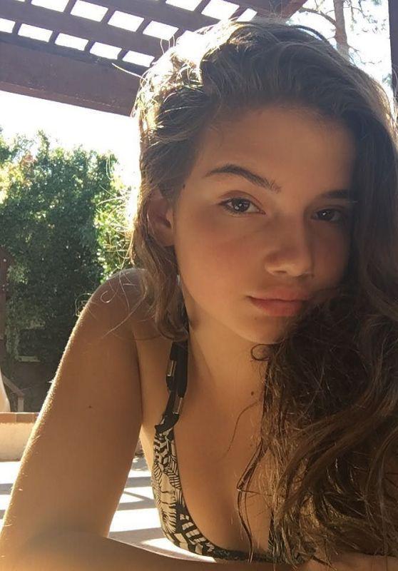 Alexis Jayde Burnett Social Media Pics 06/06/2017