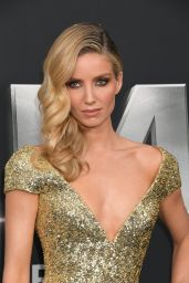 "Annabelle Wallis - ""The Mummy"" Premiere in New York City 06/06/2017"
