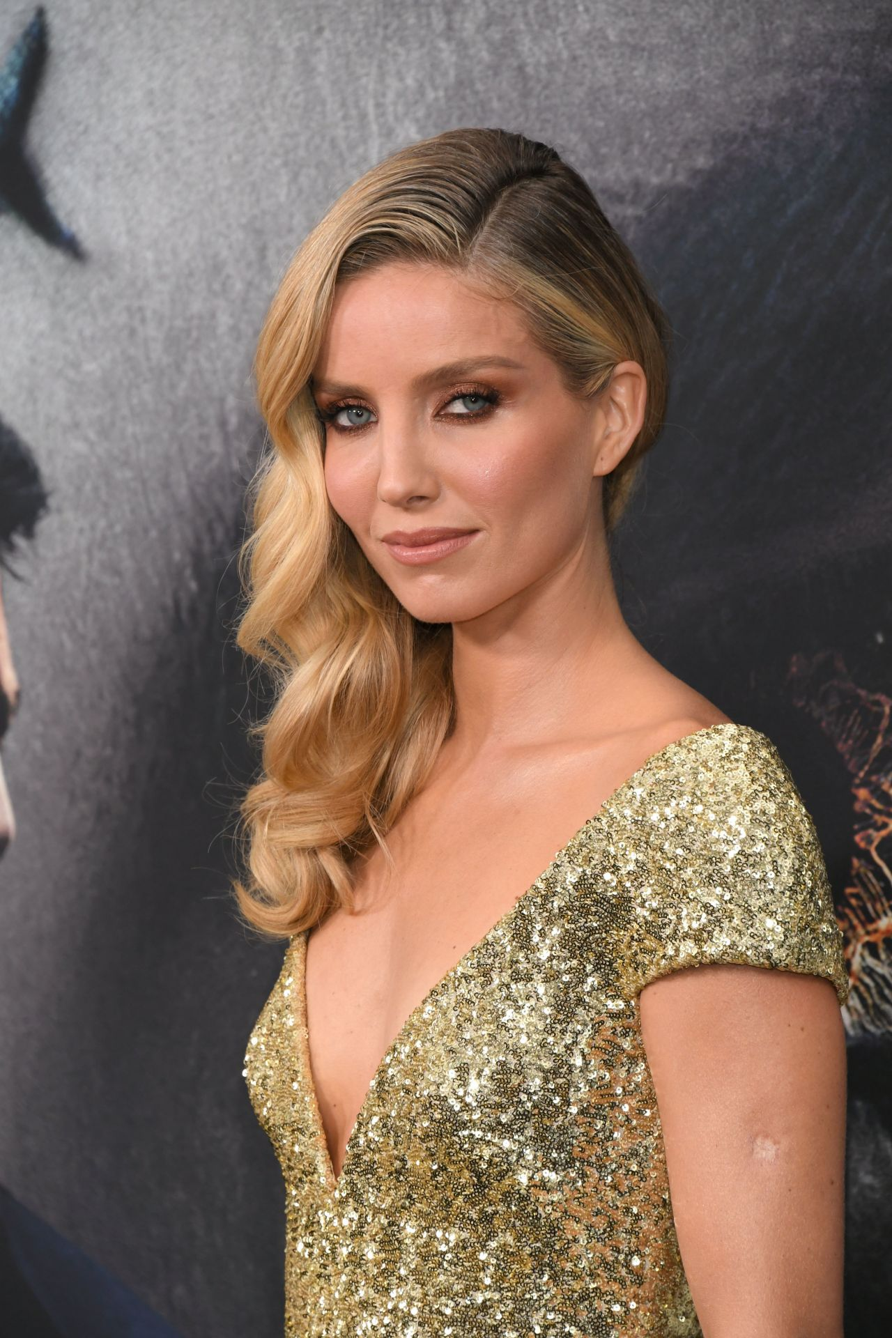Annabelle Wallis Quot The Mummy Quot Premiere In New York City