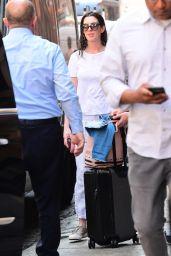 Anne Hathaway - Out in Brooklyn, NY 06/13/2017