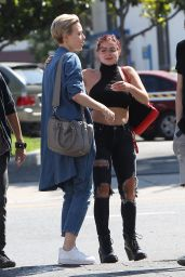 Ariel Winter in Urban Outfit - Leaves Lunch in Los Angeles 06/05/2017