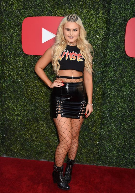 Ashlee Keating - YouTube Pre BET Awards Showcase 06/24/2017