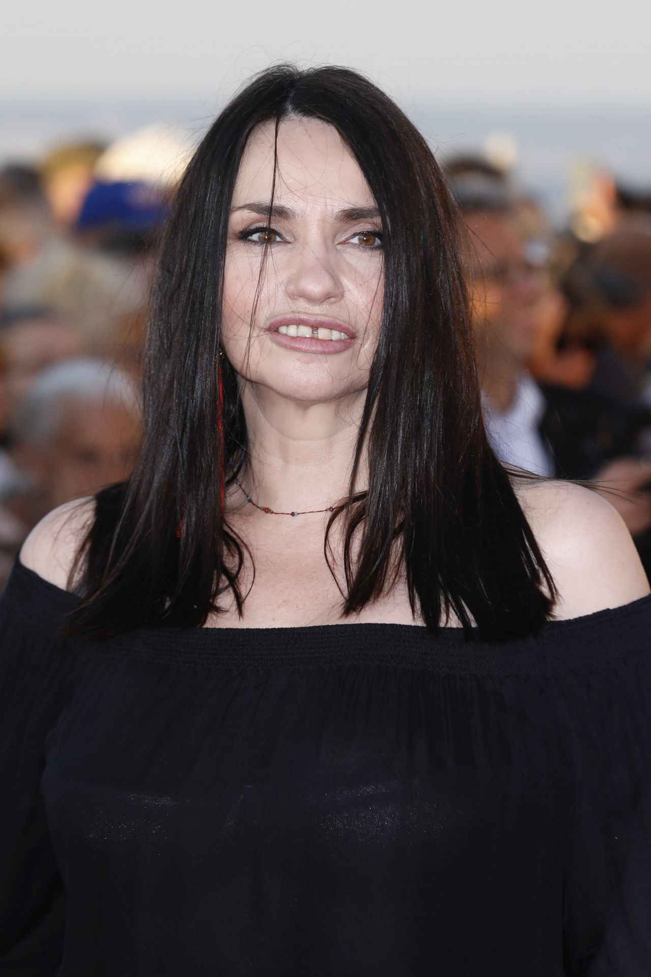 Celebrity Beatrice Dalle naked (25 photo), Ass, Fappening, Feet, swimsuit 2020