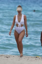 Bianca Elouise in a White Bikini, Miami 06/27/2017