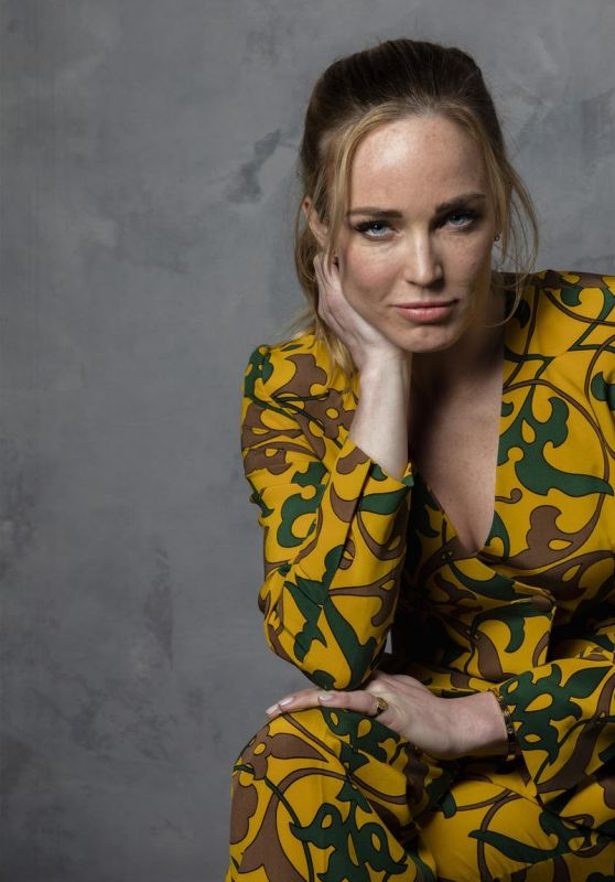 Caity Lotz - Los Angeles Times Portraits (2017)