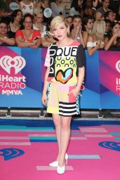 Carly Rae Jepsen – iHeartRadio MuchMusic Video Awards in Toronto 06/18/2017