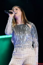 Cassadee Pope – Performs Live on the 2017 CMA Music Festival in Nashville 06/10/2017
