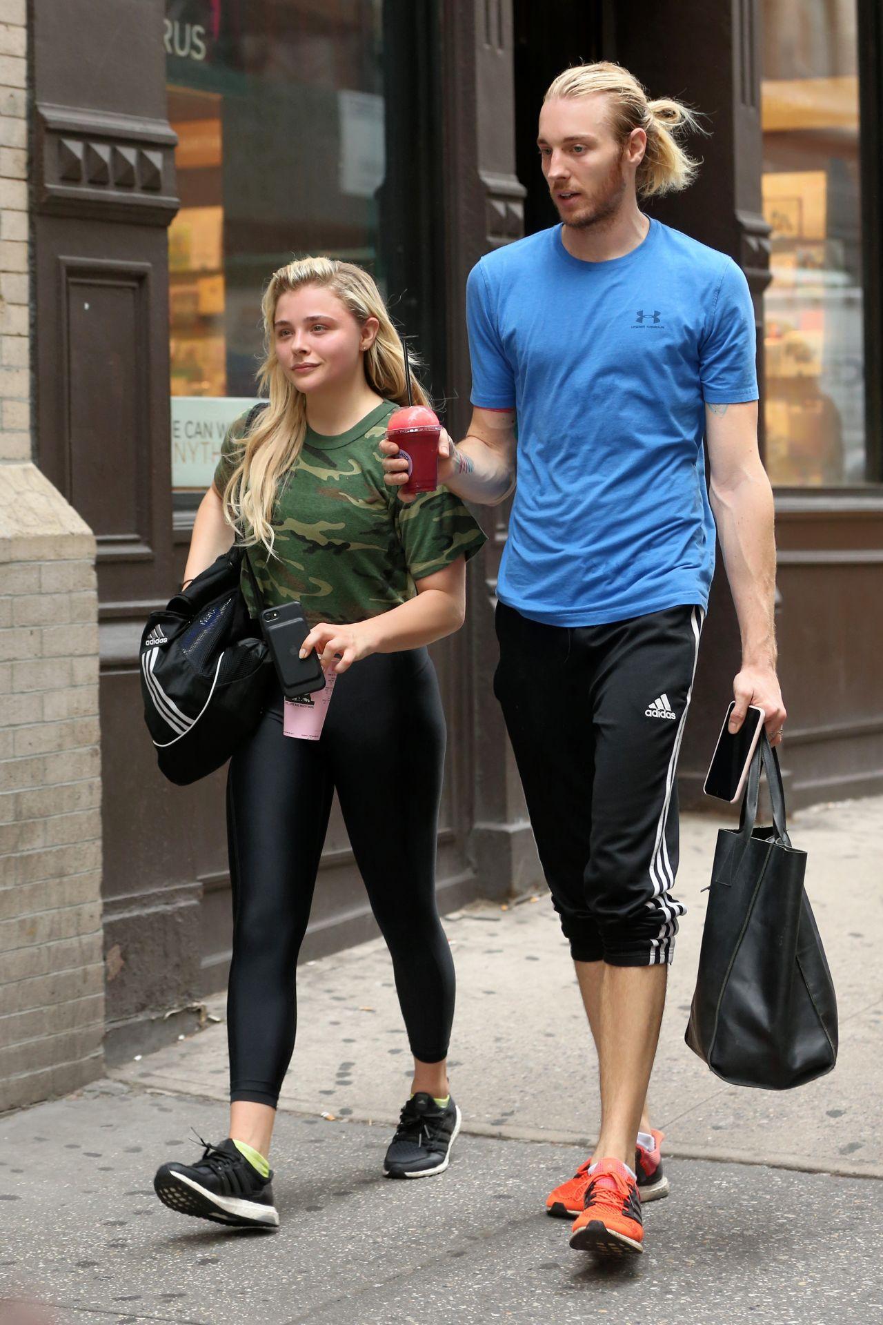 Chloe grace moretz in spandex leaving soul cycle in new york city