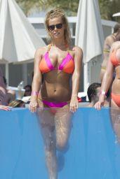 Chloe Meadows Wearing Bikini - Poolside in Dubai, May 2017