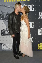 Clare Bowen - CMT Music Awards in Nashville 06/07/2017