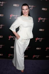 "Debi Mazar – ""Younger"" Season 4 Premiere in New York 06/27/2017"