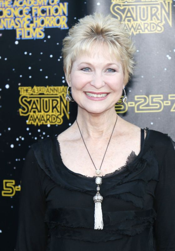 Dee Wallace – Saturn Awards in Los Angeles 06/28/2017