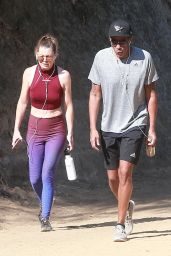 Ellen Pompeo - Out For a Morning Hike With Her Husband in Los Feliz 06/19/2017
