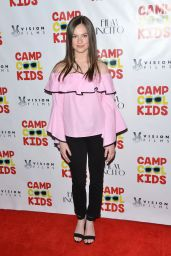 """Emily Hahn – """"Camp Cool Kids"""" Premiere in Universal City 06/21/2017"""