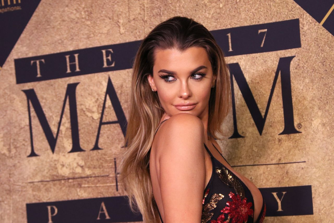 Mara teigen bikini,Amy Weber, Ashlie Rhey Forbidden Games  Porno pictures Sexy photos of bai ling 2,Andra day at 2019 grammy awards in new york city