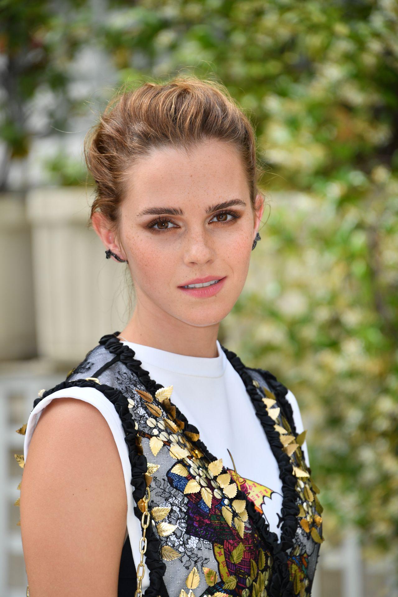 """Emma Watson - """"The Circle"""" Photocall at Le Bristol in ... Emma Watson"""