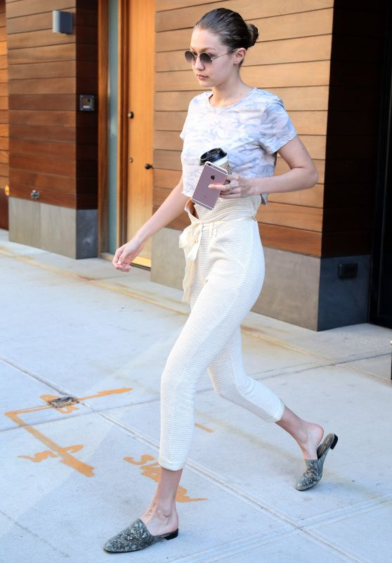 Gigi Hadid Cute Outfit - Out in NYC 06/22/2017