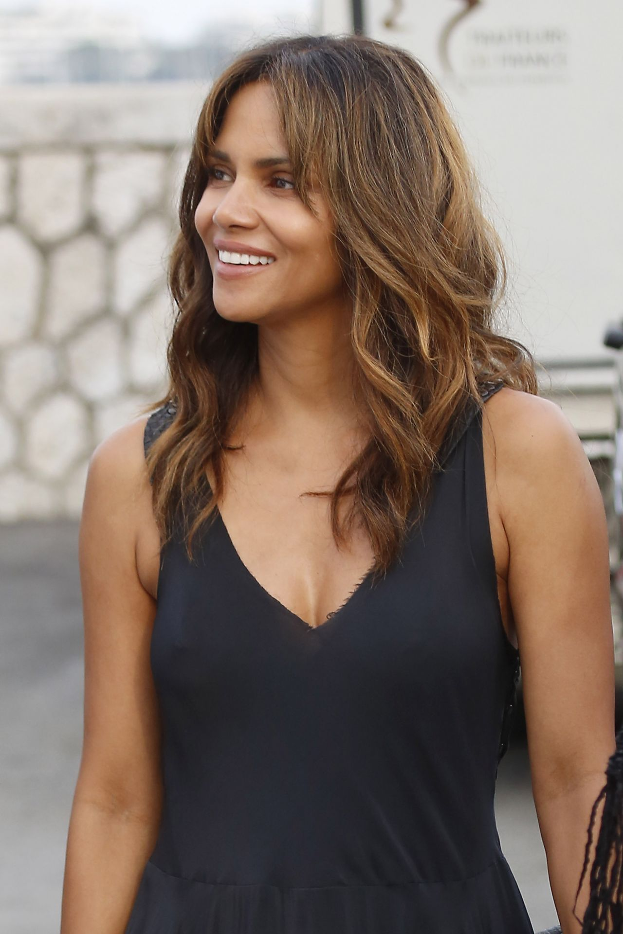 Halle Berry Arriving At A Party On Board A Yacht In
