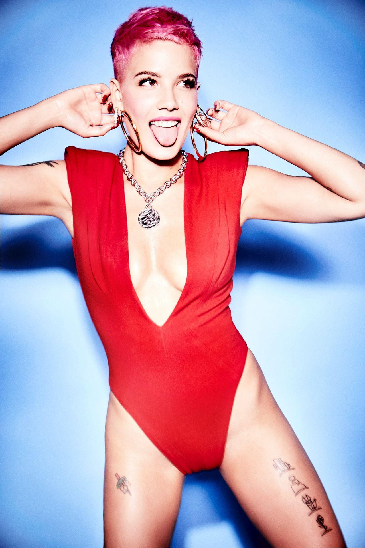 Miley cyrus snl - 1 part 8