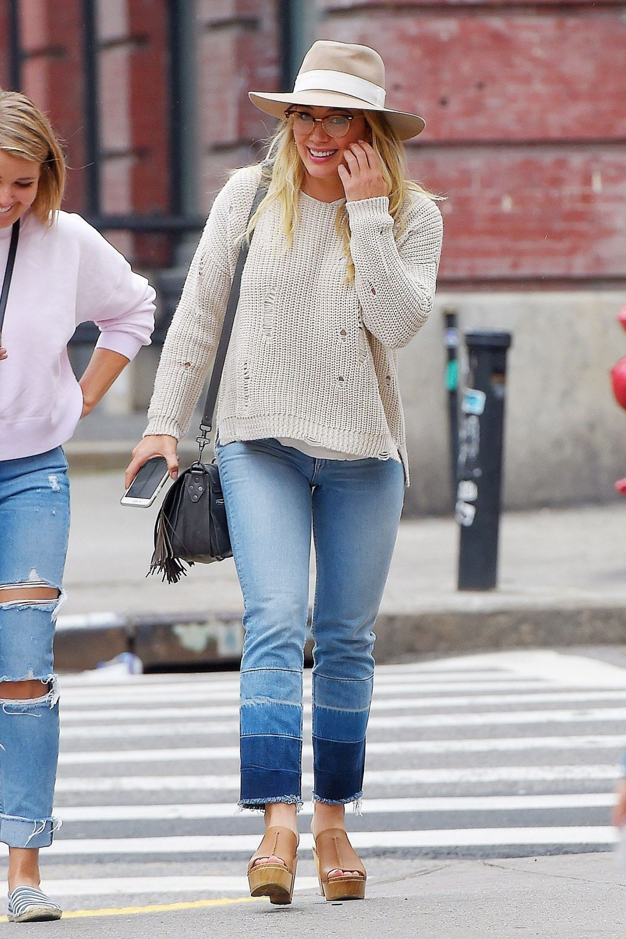 picture Hilary duff in casual attire grabbing lunch at sadelles in soho nyc