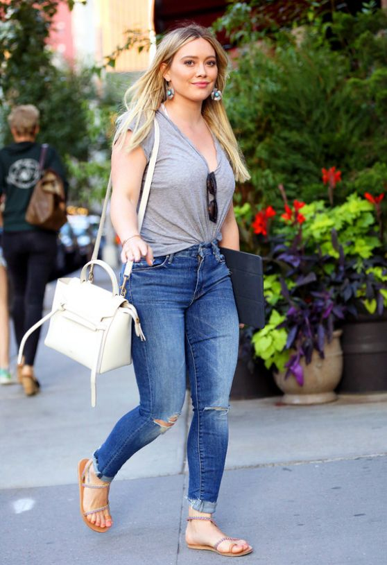 Hilary Duff in Tight Jeans - NYC 06/27/2017 хилари дафф