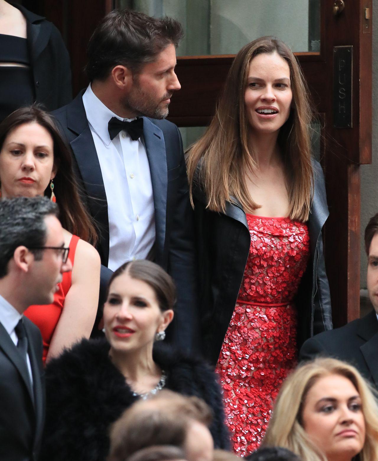 Emmy Rossum Wedding: Hilary Swank At Emmy Rossum's Wedding In New York City 05