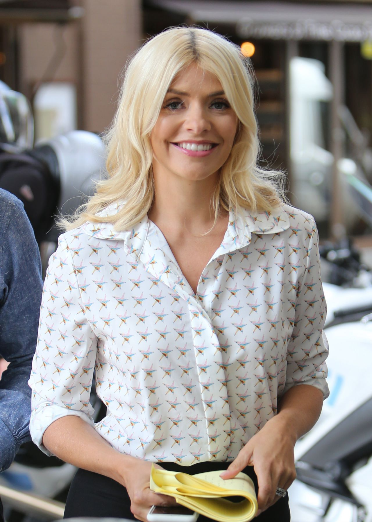 holly willoughby latest photos celebmafia
