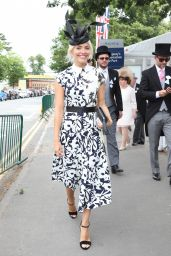 Holly Willoughby - Royal Ascot Races in Berkshire, England 06/24/2017