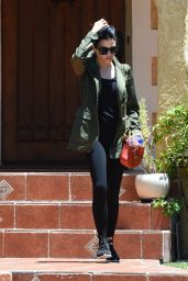 Jenna Dewan Tatum Street Style - Leaving a Friend