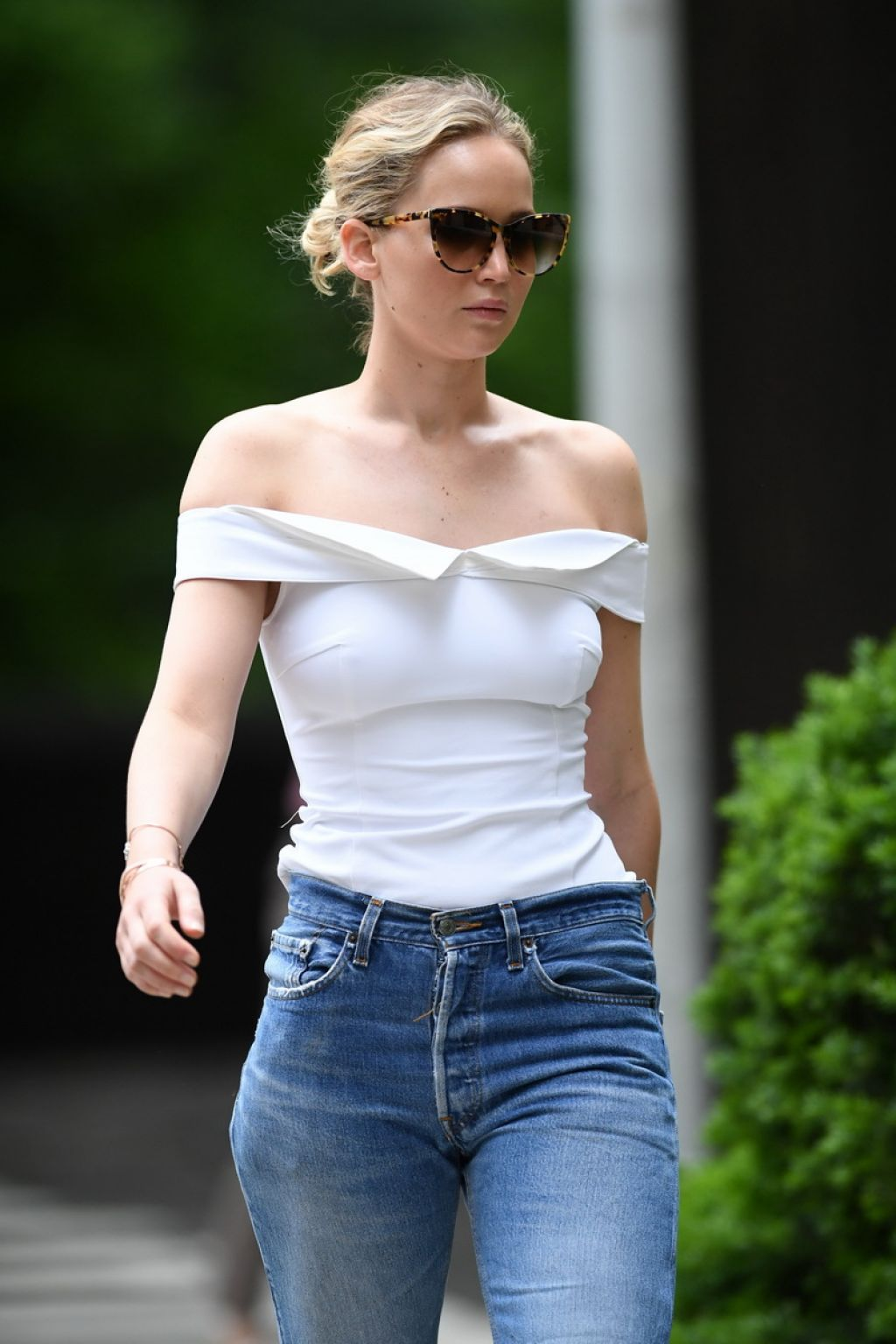 Jennifer Lawrence - Central Park in New York City 06/15/2017