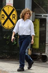 """Jennifer Lopez - On the Set of """"Shades of Blue"""" in New York 06/27/2017"""